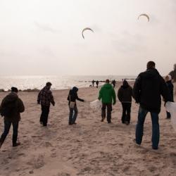 2014-03-22 - 6. Beach Clean-Up